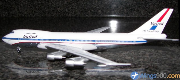 United Airlines Boeing B747-122 Reg. N4727U