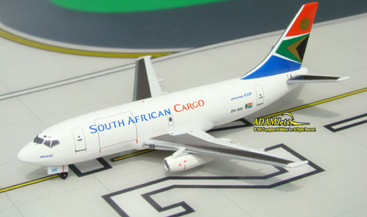SAA - South African Cargo Airways^Boeing B737-244/Adv. Re.g ZS-SI?