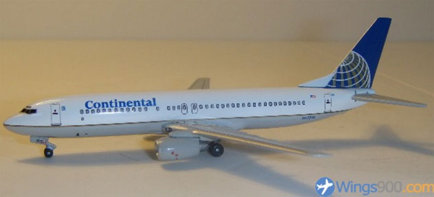 Continental Airlines Boeing B737-824 Reg. N17233