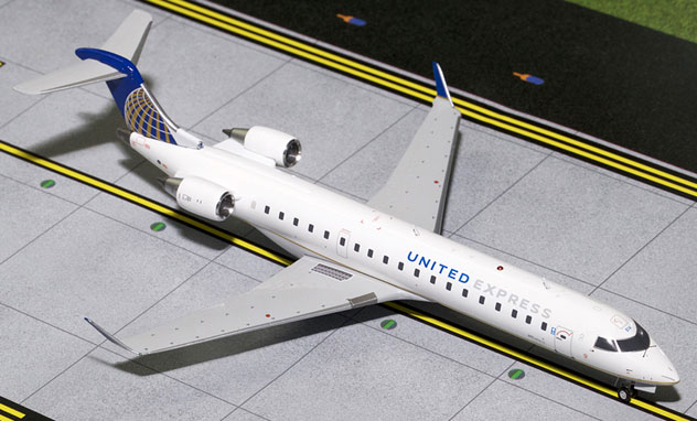 United Express Airlines^Bombardier CRJ-701/ER Reg. N514MJ
