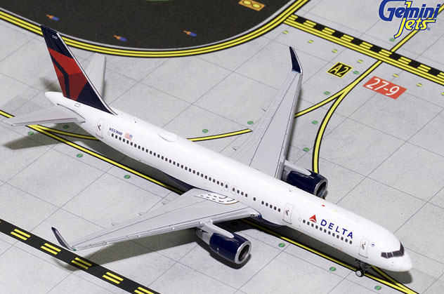 Delta Airlines Boeing B757-251/W Reg. N551NW