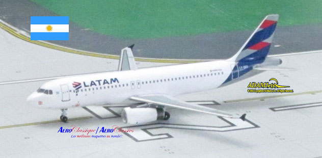 LATAM Airlines Airbus A320-233 Reg. LV-BRY
