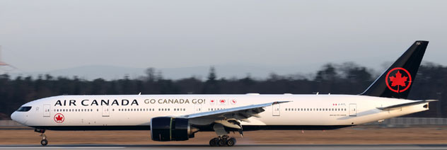 Air Canada Airlines Boeing B777-333/ER Reg. C-FITL