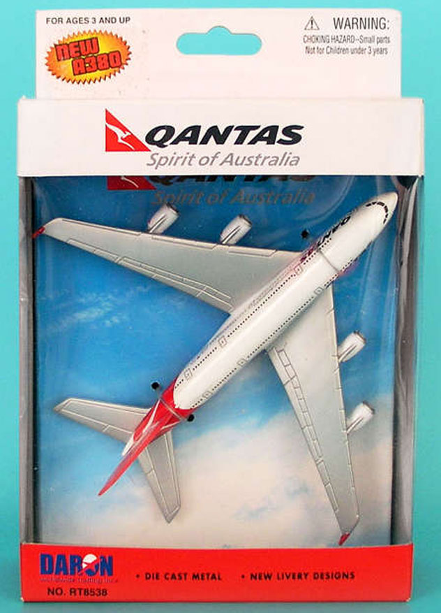 Realtoy Single Plane Set Qantas Airways